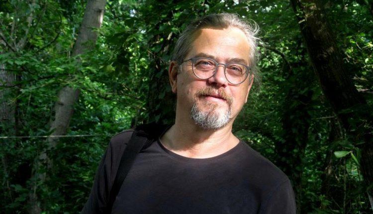 Νικόλας Μπλιάτκας: «Η τέχνη στάθηκε πολύτιμος οδηγός για να γνωρίσω τη ζωή»